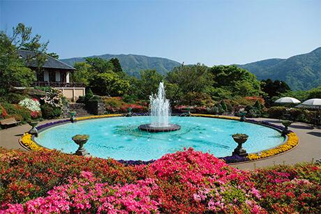 1914년, 일본에서 최초로 조영된 프랑스 양식의 공원.